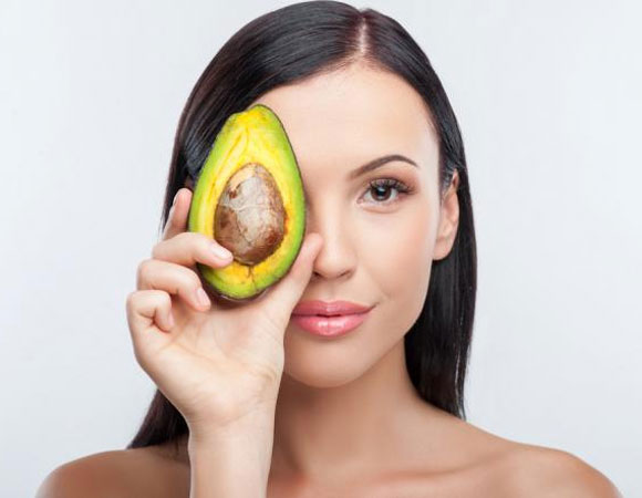Alimentos-que-voce-deve-ingerir-para-manter-a-pele-sempre-bonita